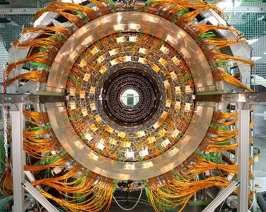 Компактный мюонный соленоид - элемент большого адронного коллайдера
