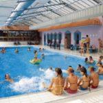 Один бассейн в среднем содержит 75 литров мочи