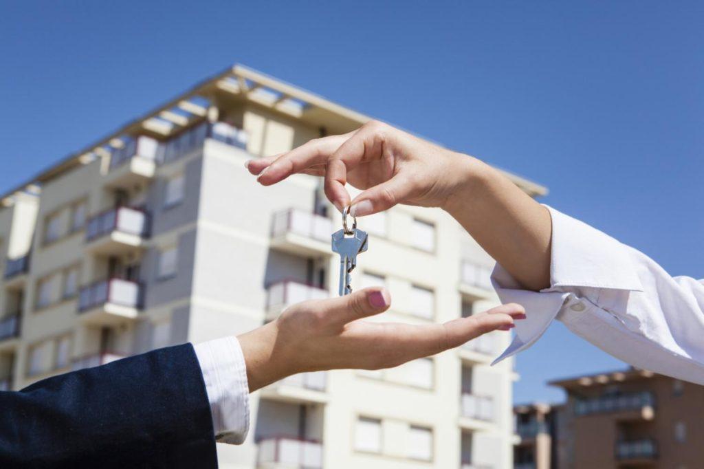 Сложности продажи комнаты в коммунальной квартире