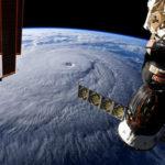 Источник: космонавтам поручили найти всеследы сверления на«Союзе»